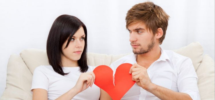 12 Signs You're in an Unhealthy Relationship